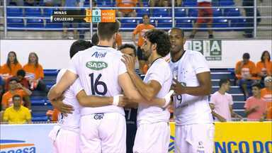 Cruzeiro vence o Minas na Superliga Masculina de Vôlei - Mesmo jogando fora de casa, equipe celeste venceu o clássico mineiro por 3 sets a 2.