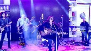 Ana Carolina canta 'Combustível' - Assista à apresentação da cantora