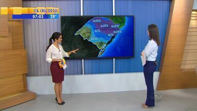 Tempo: alerta para temporais nesta sexta-feira (14) - Mapa mostra quais áreas do RS têm mais possibilidade de chuvas.