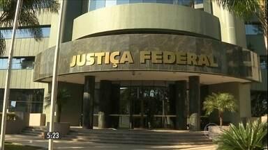 Justiça do Paraná marca para fevereiro audiência do processo da Operação Lava-Jato - A expectativa é que outras quatro denúncias do caso de corrupção na Petrobras oferecidas pelo Ministério Público sejam analisadas por juiz.