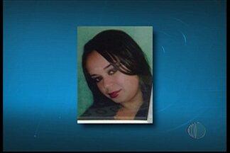Mulher morta pelo companheiro é enterrada em Mogi das Cruzes - Jussara, de 25 anos, foi morta a facadas por suspeita de traição.