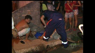 Pedestre e motociclista morrem após acidente de trânsito em Santarém - Acidente aconteceu na Rua Tupaiulândia com a Av. Dom Frederico Costa. Segundo testemunhas, condutor estava em alta velocidade.
