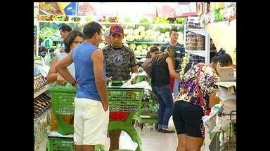 Supermercados de Santarém tem grande movimentação no fim de semana - Por causa do período natalino muitas pessoas estão antecipando as compras para a ceia.