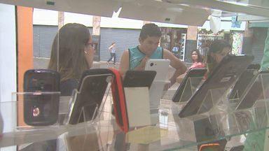 Vendas de Natal deixam lojistas e vendedores otimistas em Ribeirão - Faturamento de quem trabalha no setor chega a dobrar.