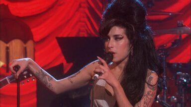 Amy Winehouse - Live At Shepherds Bush