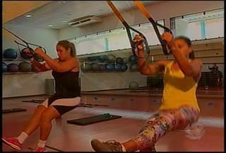 Um exercício funcional tem ganhado cada vez mais espaço nas academias: é o TRX - O motivo do sucesso é que ele utiliza a força do próprio corpo dando mais resistência muscular e também equilíbrio