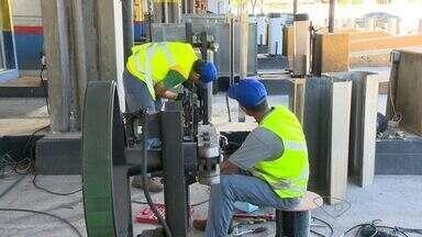 Rodosol instala cancelas na Terceira Ponte, no ES - Pedágio volta a ser cobrado na segunda-feira (29).