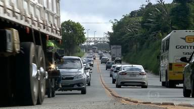 BR-381 tem tráfego pesado neste sábado em Minas Gerais - Estrada liga os estados de Minas Gerais ao Espírito Santo.