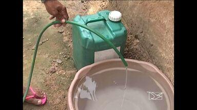 Moradores de bairro de Codó reclamam da falta de água - Moradores do bairro São Raimundo, em Codó, reclamam da falta de água nas torneiras. Em uma das ruas do bairro a água só aparece no período da noite.