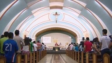 Encontro da Pastoral da Juventude é realizado em Manaus - Na noite de sexta-feira (26), a igreja católica comemorou o dia de São Estevão.