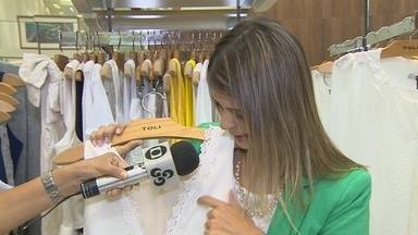 Rondônia TV conversa com consultora de moda que indica roupas para virar o ano com estilo - Cores e modelos são os mais variados.