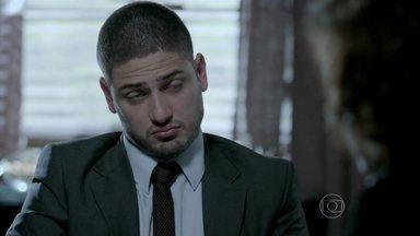 João Lucas diz que Cristina marcou uma reunião e Marta fica irritada - João Pedro e Clara conversam