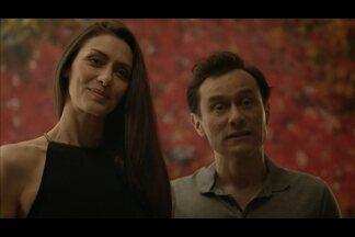 Marilia e Claudio formam um casal sofisticado - Para reacender a chama da relação, a esposa é capaz de tudo