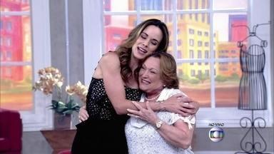 Nicette Bruno comemora 82 anos no 'Encontro' - Banda Psirico canta 'Parabéns' surpresa para a atriz