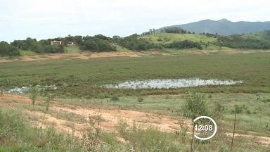 Sistema Cantareira, na região bragantina, está com 6,8% da capacidade - Dezembro foi o 9º mês consecutivo chovendo menos que o esperado.