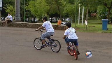 Escola de ciclismo abre inscrições para crianças de 5 a 13 anos - Curso em Ribeirão Preto é gratuito.