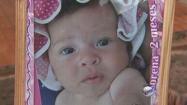 Enterrado em Barrinha bebê atingido por pedaço de pau - Centenas de pessoas foram ao velório revoltadas com a morte.