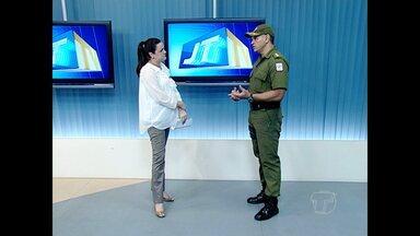 Comandante da PM fala sobre acidentes e ocorrências de tráfico de droga - Durante entrevista ao Jornal Tapajós André Carlos acompanhou reportagens e imagens dos registros do final de semana.
