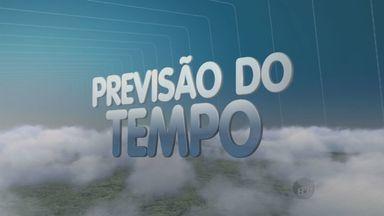 Previsão do tempo mostra chuva no final da tarde de terça-feira em Campinas, SP - Na terça-feira (13), a previsão é de calor e tempo abafado durante a tarde com grandes possibilidades de chuva no final do dia. Em Campinas, os termômetros devem marcar entre 22ºC e 34ºC.