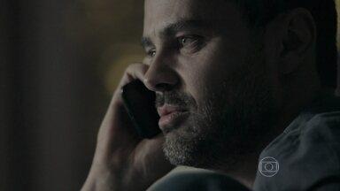 Maurílio afirma que Danielle voltará para a mansão - Enquanto isso, Zé Pedro sofre na prisão