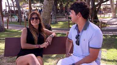 """Andrea Martins fala sobre novo projeto - Alessandro Timbó conversa com Andrea Martins, que conta um pouco sobre seu novo disco """"Solaris"""". Um dos seus novos projetos."""