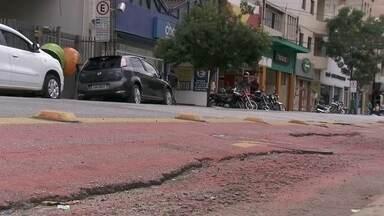 """Ciclovias de São Paulo precisam melhorar - São Paulo foi uma das cidades vencedoras de um prêmio internacional de transporte sustentável com o projeto """"Ciclovias"""". O SPTV percorreu algumas ciclovias e viu que muitas precisam melhorar."""