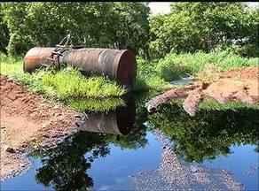 Prazo para limpeza de óleo espalhado em avenida da capital termina neste sábado (17) - Prazo para limpeza de óleo espalhado em avenida da capital se encerra neste sábado (17)