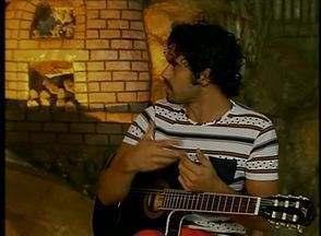 Hermes Lira fala sobre a carreira no 'Coisas da Terra' - Jovem é cantor, compositor e filho do músico Eder Lira.