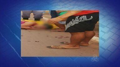 Em Careiro Castanho, no AM, duas idosas são atropeladas por motociclista - Mulheres sofreram acidente em uma calçada.