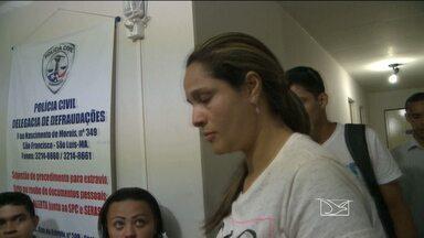 Esposa de estelionatário é presa em São Luís - A esposa do estelionatário preso esta semana, suspeito de ter praticado vários golpes na venda de apartamentos, foi presa neste sábado (17).Em alguns casos, o prejuízo das vítimas passou dos cem mil reais.