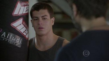 Gael apoia Duca - O lutador se preocupa com o futuro de seu relacionamento depois das audições