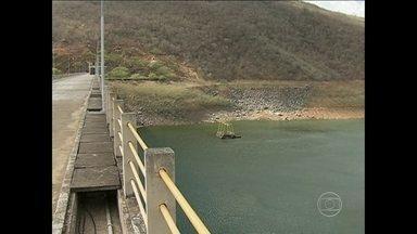 Falta de chuva deixa barragens de várias cidades em situação de alerta - Veja a situação dos reservatórios em Pernambuco.