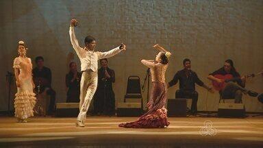 Grupo gaúcho realiza espetáculo de dança flamenco, em Manaus - Apresentação aconteceu no Teatro Amazonas.