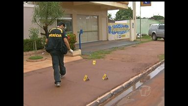 Agência dos Correios é arrombada em Santarém, PA - Bandidos quebraram fechadura da porta e arrombaram a porta de rolo.