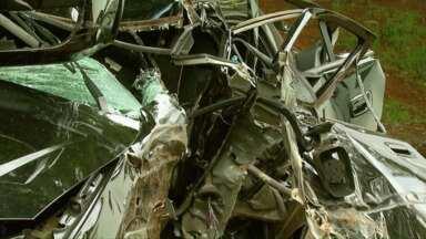 Homem morre em acidente de trânsito na avenida das Cataratas - O acidente foi por volta das cinco horas da manhã de domingo.
