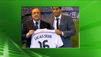 Éverton Ribeiro acerta com clube dos Emirados Árabes e Lucas Silva é apresentado no Real - Meias do Cruzeiro deixam clube e acertam contratos de altas cifras.