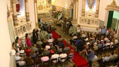 Celebração para os católicos: Igreja reabre após um ano e meio de reforma em Salvador - Igreja Nossa Senhora da Vitória teve reforma feita por 150 pessoas.