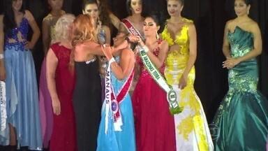 Sheislane arrancou a coroa da vencedora da miss Amazonas e diz: 'O público me aplaudiu' - Candidata não se conformou com a derrota e diz que não se arrependeu do que fez