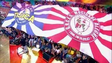 Baterias da Mocidade Alegre e Unidos da Tijuca agitam o Esquenta! - Agremiações se apresentam no programa