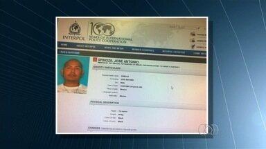 Goianos são presos suspeitos de integrar quadrilha de imigração ilegal - De acordo com a investigação da Polícia Federal, o grupo conduziu 150 imigrantes para o país norte-americano, movimentando quase R$ 3,5 milhões, em dois anos.