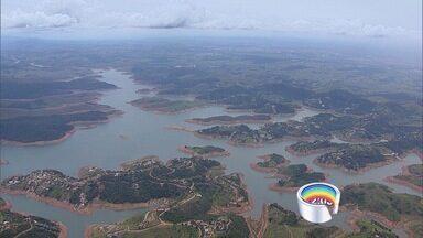 Cantareira pode secar em julho com chuvas abaixo da média, diz Cemaden - Previsão considera média de chuva histórica e total de água nas represas. Reservatório opera com 6,1% de sua capacidade total nesta terça-feira (10).