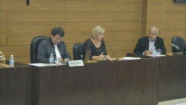 Secretária cita conclusão de quatro sindicâncias, mas oculta detalhes - Na Câmara, ela diz que investigações sobre mortes em Franca são sigilosas.