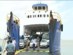 Viagens de Carnaval movimentam embarcações e estradas do MA - E o movimento de viagens está desde o início da manhã. Quem preferiu ir para outras cidades de ferryboat encontrou tranquilidade na hora de embarcar.