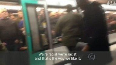 Supostos torcedores racistas são proibidos de entrar em estádio do Chelsea - O Chelsea, da Inglaterra, fez o anúncio nesta quinta-feira (19). A direção afirmou ainda que se as investigações das polícias francesa e inglesa confirmarem o envolvimento dos três, a proibição vai ser pra vida toda.