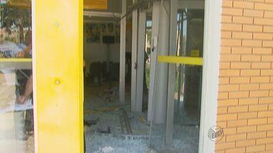 Ladrões explodem caixa eletrônico em Taiúva, SP - Foram seis explosões em menos de dois meses na região de Ribeirão Preto (SP).