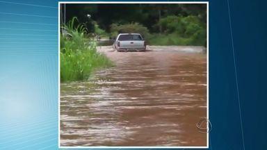 Comunidade de Santo Antônio de Leverger está isolada por causa das chuvas - Comunidade de Santo Antônio de Leverger está isolada por causa das chuvas.