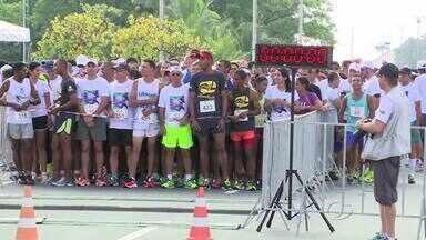 Corrida do Turista atrai centenas de pessoas em Maceió - Prova é desafio para atletas e iniciantes.