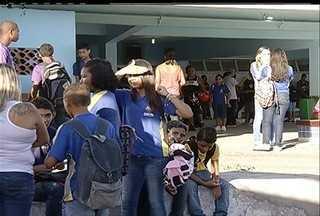 Escolas liberam alunos em Cabo Frio, RJ, no primeiro dia de aulas por conta de obras - Escolas liberam alunos em Cabo Frio, RJ, no primeiro dia de aulas por conta de obras.