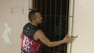 Duas casas são invadidas no bairro Infraero I, em Macapá - Duas casas são invadidas no bairro Infraero I, em Macapá