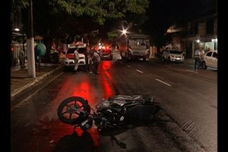 Motociclista morre em acidente de trânsito em Belém na madrugada desta terça-feira (3) - Ele estaria em alta velocidade e teria avançado o sinal vermelho quando colidiu contra um carro.
